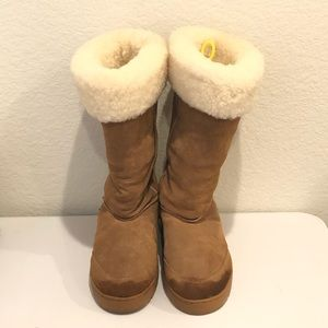 Shoes - Shearling Boots 10